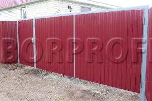 Забор из профнастила C8 красный