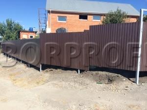 Забор из профнастила - перепады, лист C10